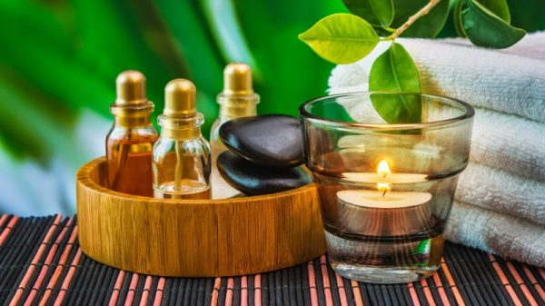 Камфорное масло в маленьких бутылочках