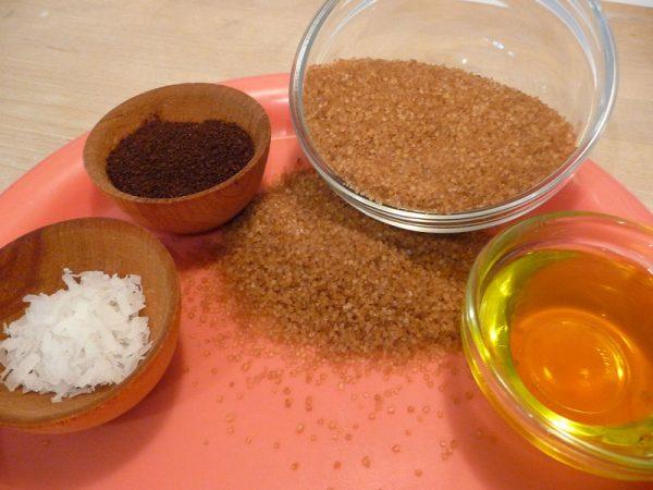 Ингредиенты кофейной маски от целлюлита на ногах