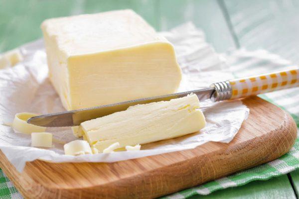 Сливочное масло как компонент масок