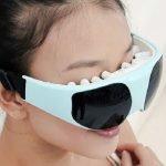 Массажер-маска с вибрирующими щупальцами