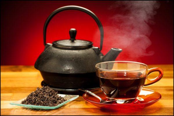 Как убрать темные круги и мешки под глазами с помощью чая
