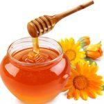 Мёд льётся в банку