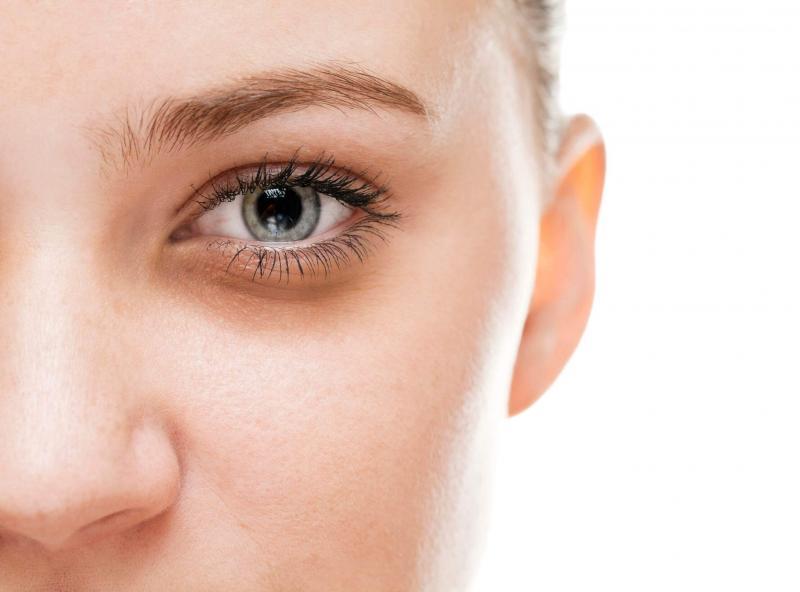 Тёмные круги под глазами: причины появления и методы избавления