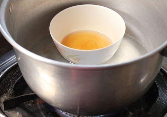 Подогревание масла на водяной бане