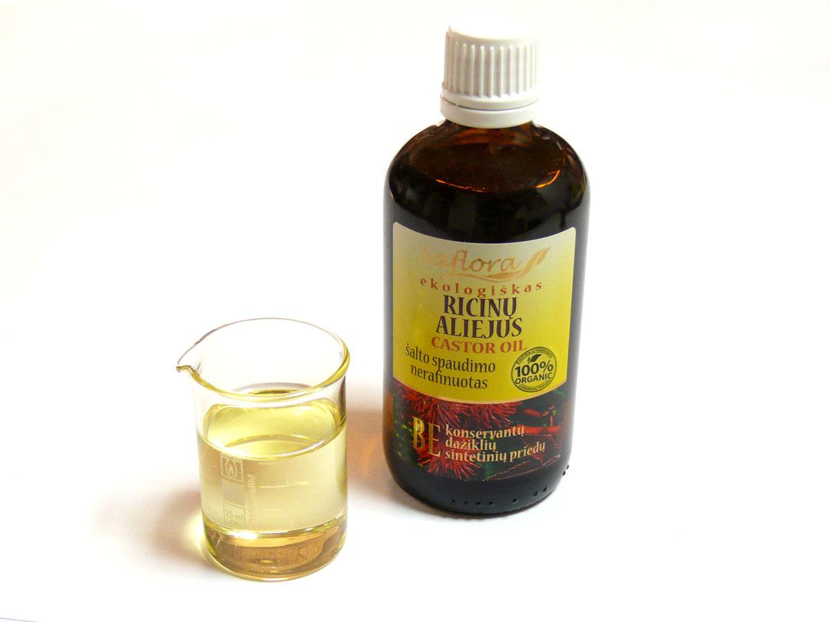 Касторовое масло: помощь в борьбе с морщинами