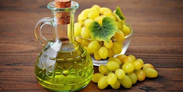 Масло виноградной косточки и виноград
