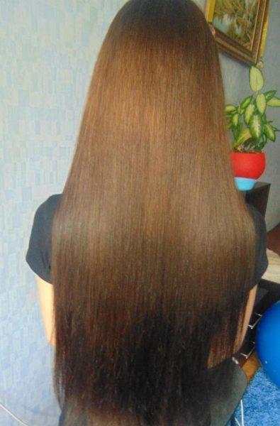 Волосы девушки после использования кедрового масла