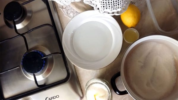 Продукты и посуда для шугаринга