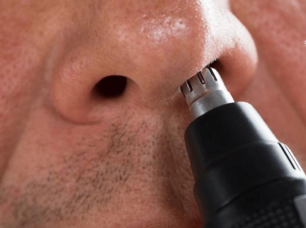 триммер в носу