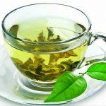 Зелёный чай, заваренный в чашке