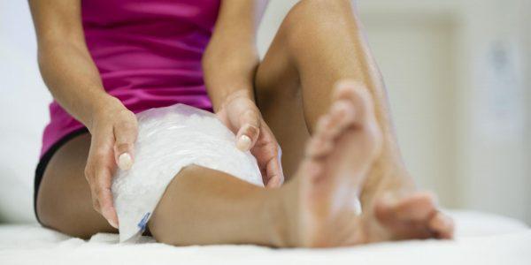 Холодный компресс на ноге