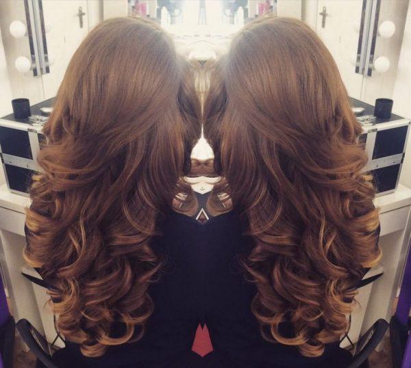 Крупные локоны на длинные волосы
