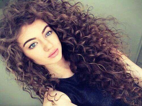 Мелкие кудри на длинные волосы