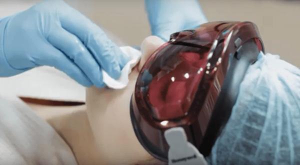 Обработка кожи перед процедурой