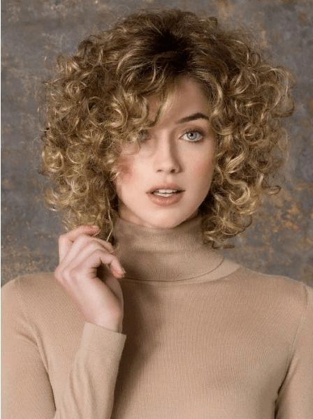 Укладка с мелкими локонами на короткие волосы