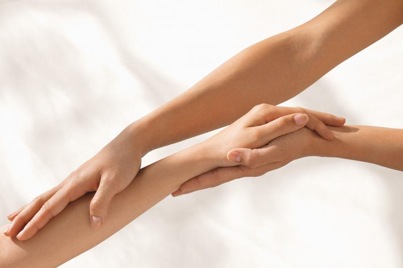 Антицеллюлитный массаж рук
