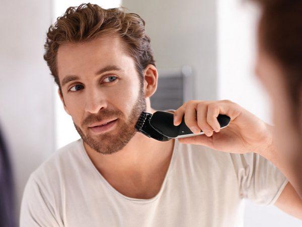 бритьё электробритвой
