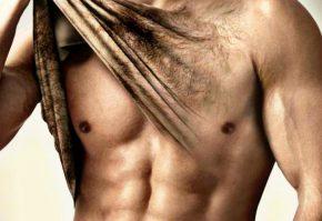 Красивое мужское тело (после депиляции груди)