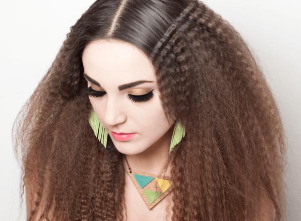 Волосы, частично украшенные гофре