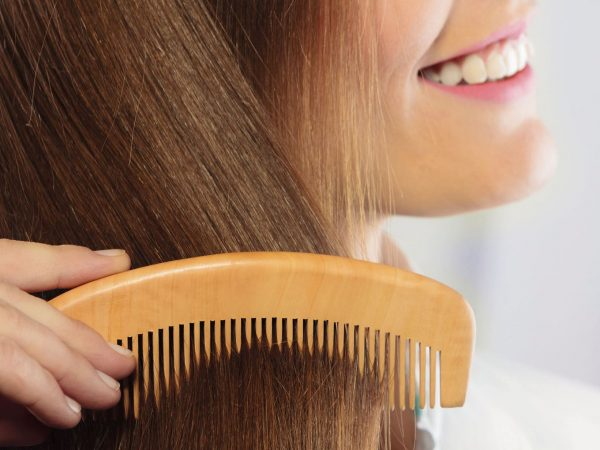 Расчёсывание волос