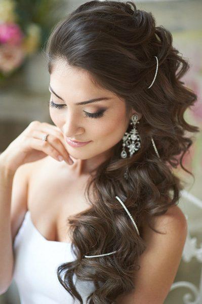 Свадебная причёска с кудрями