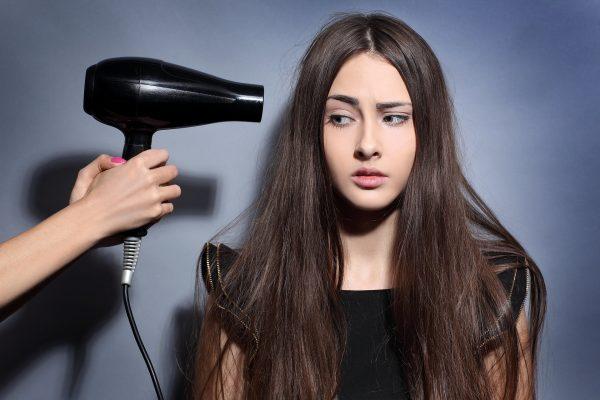 Сомнения использования фена для сушки волос