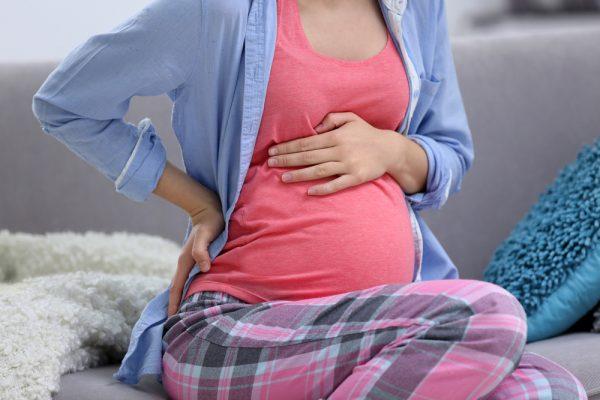 Боль в пояснице у беременной женщины