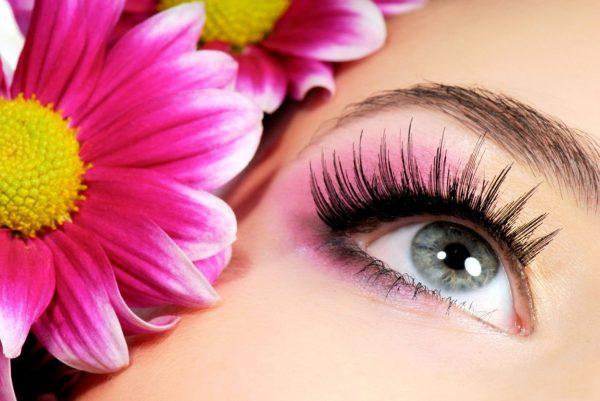 Макияж глаз с наращёнными ресницами