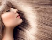 Девушка с блестящими волосами