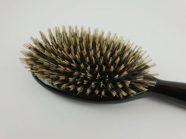 Профессиональная щётка для наращённых волос