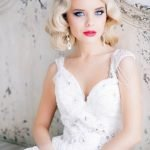 Невеста с волосами до плеч