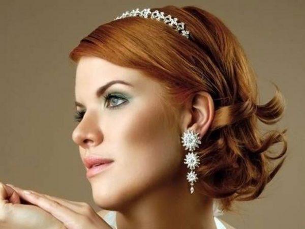 Невеста с рыжими волосами