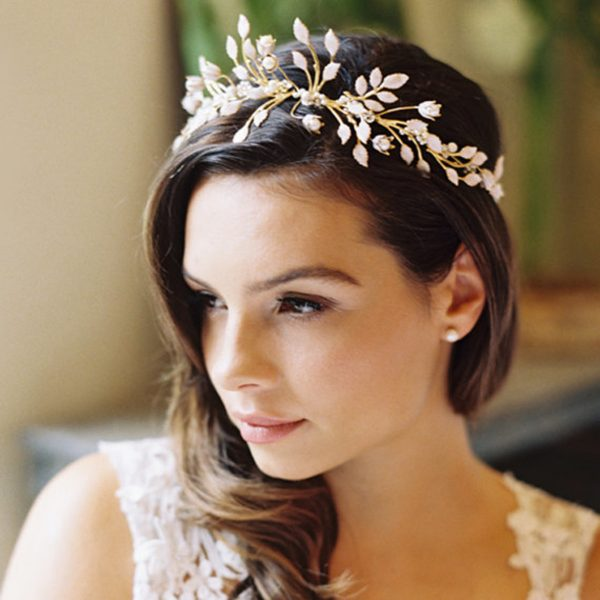 Невеста с причёской в греческом стиле