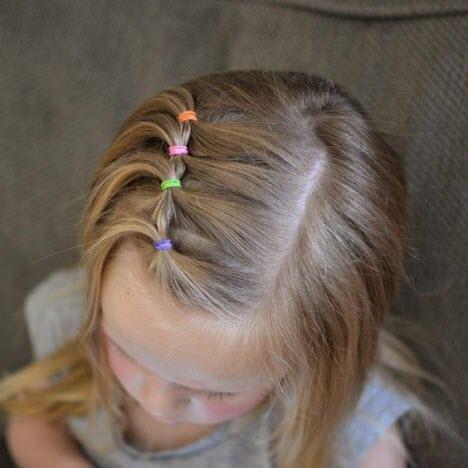 Причёска с хвостиками на коротких волосах