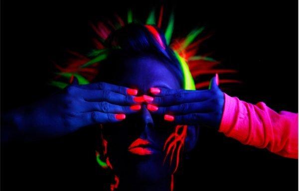 Флуоресцентные пряди