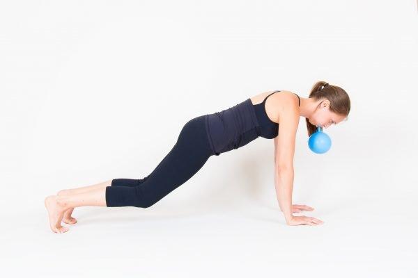 Упражнения с воздушным шариком
