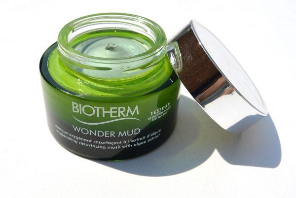 Маска Skin Best Wonder Mud от Biotherm в упаковке