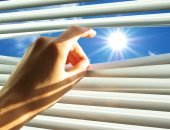 Солнце светит в окно