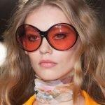 Очки с красными стёклами