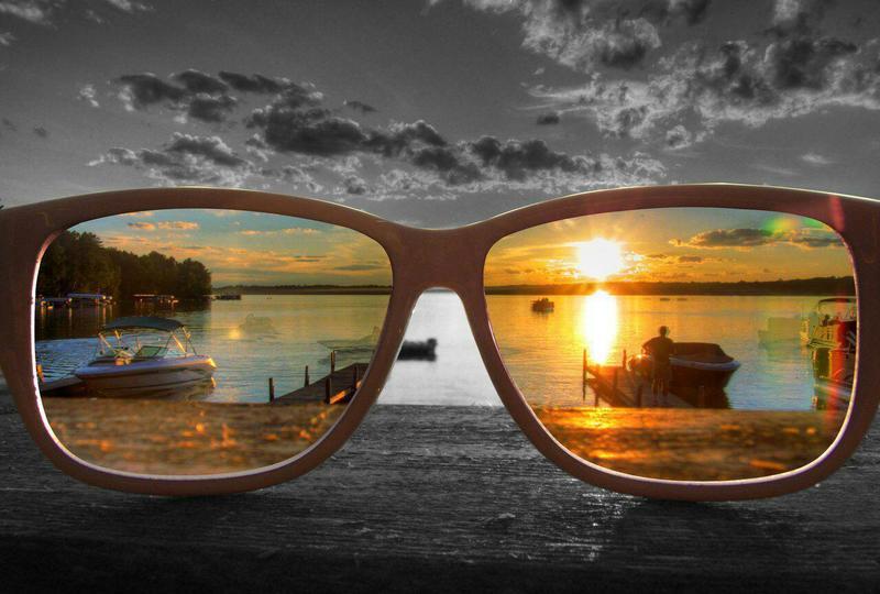 Как убрать царапины на солнцезащитных очках и безопасно ли будет пользоваться таким аксессуаром