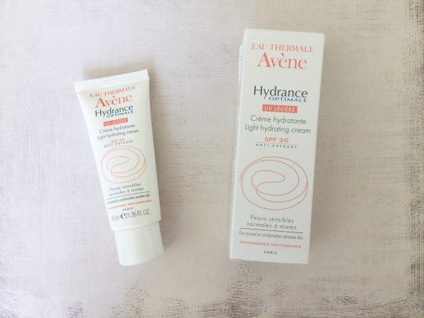 Увлажняющий крем AVENE Hydrance Optimale UV20 Legere