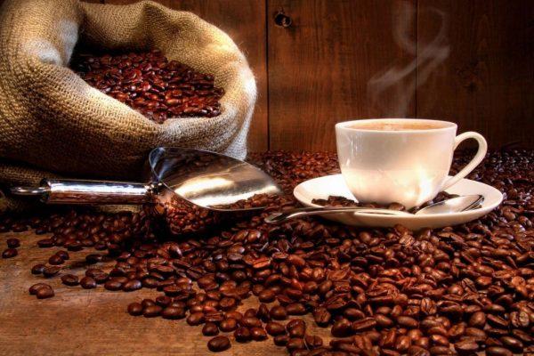 Кофейные зёрна и кофе