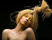 Девушка с соломой вместо волос