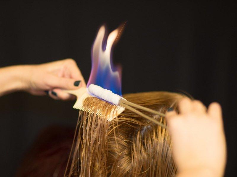 Стрижка огнём (пирофорез): опасная или полезная процедура для волос?